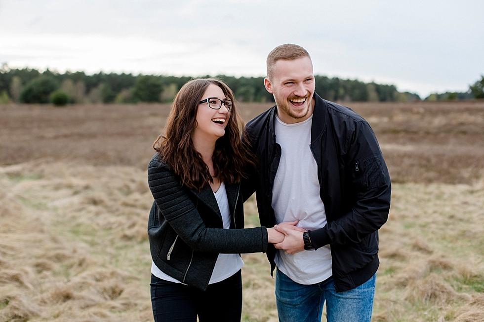 Lüneburger Heide im April – Alina und Magnus